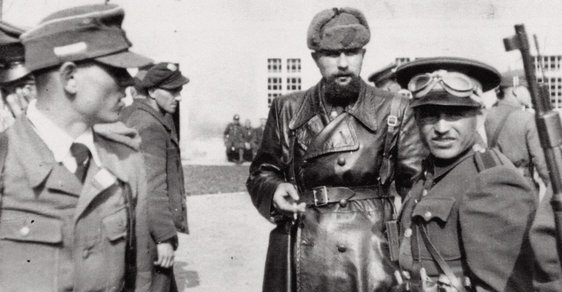 Úkol: Zabít Vlasova! Jak zpravodajské služby Spojenců soupeřily na jaře 1945 o vliv v Československu