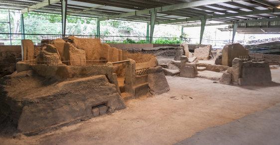 Archeologické toulky po starověkých památkách Střední Ameriky: Joya de Cerén, středoamerické Pompeje