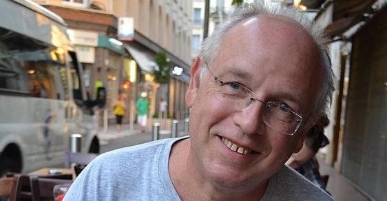 Poprask ve Francii. Spisovatel a psycholog Stéphane Bourgoin lhal o svých zkušenostech