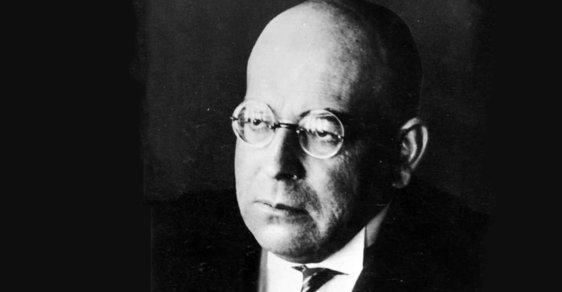 Před 140 lety se narodil Oswald Spengler. Filozof, který obdivoval Mussoliniho a nesnášel Hitlera
