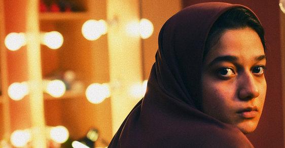 Přehlídka Tady Vary, film druhý: Íránské drama o vraždě manžela v přímém přenosu