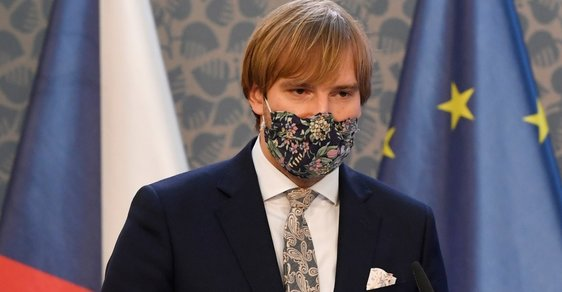 Počet případů koronaviru v Česku přesáhl 19 tisíc. Přes 68 % lidí se vyléčilo, mrtvých je 391