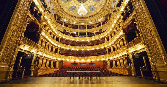 Mrtvá divadla, mrtvé město: Druhá vlna covidu může být pro umělecký provoz likvidační