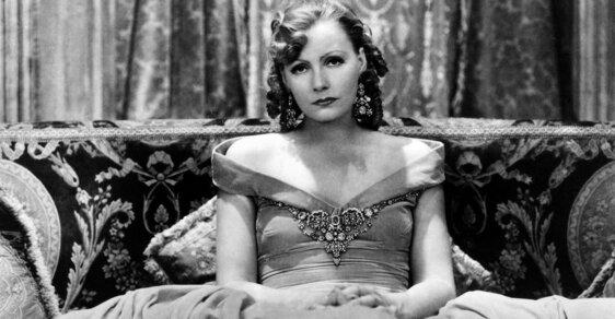 Nejkrásnější žena světa Greta Garbo očarovala Hitlera, milovali ji muži i ženy a svého snoubence neuvěřitelně ponížila