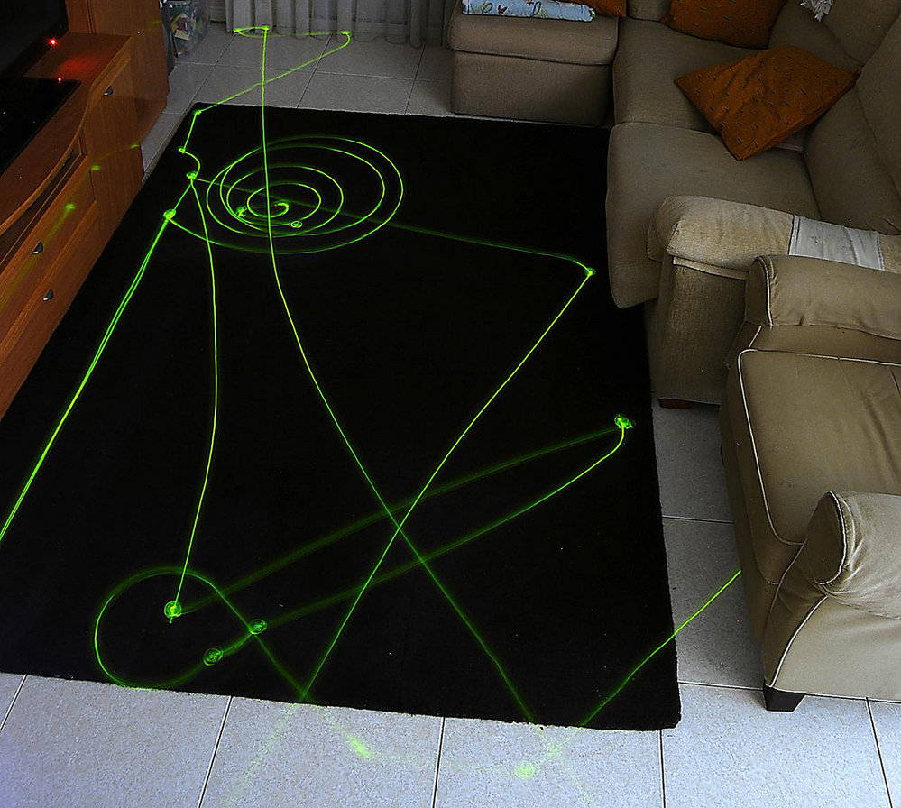 Kdo vám to počmáral koberec?