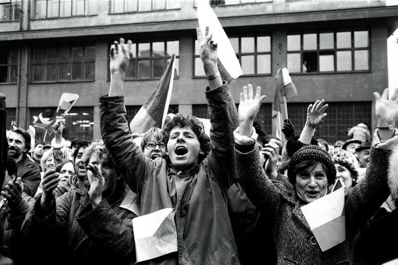 Sametová revoluce v Československu očima Jana Šibíka