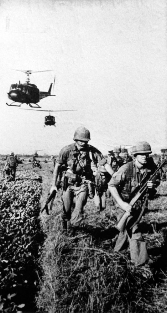 Válečný fotograf Hans Faas je autorem řady zajímavých fotek přímo z bojiště