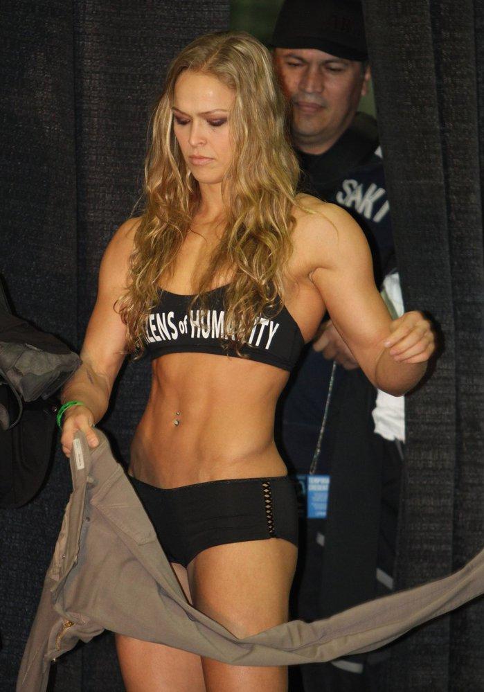 Ronda Rousey je velmi atraktivní