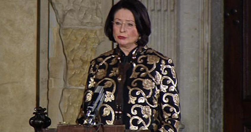 Inaugurace 2013: Slavnostní část inaugurace ve Vladislavském sále zahájila šéfka Sněmovny Miroslava Němcová