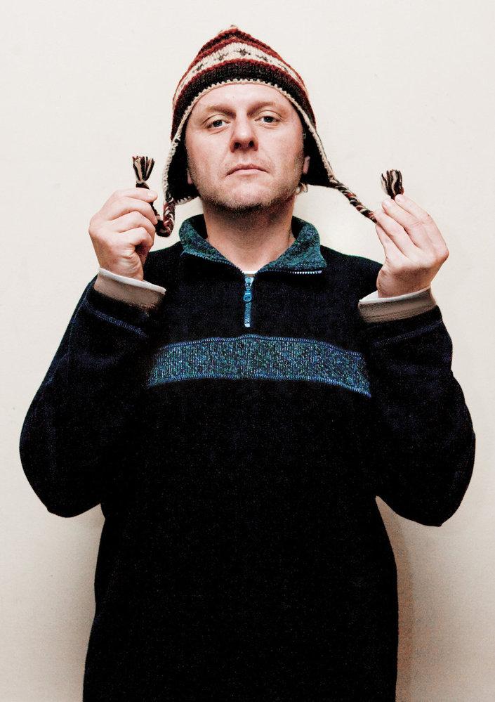 Propojovatel.  Seznamovat lidi,  to herec Jaroslav Dušek  miluje nade vše.