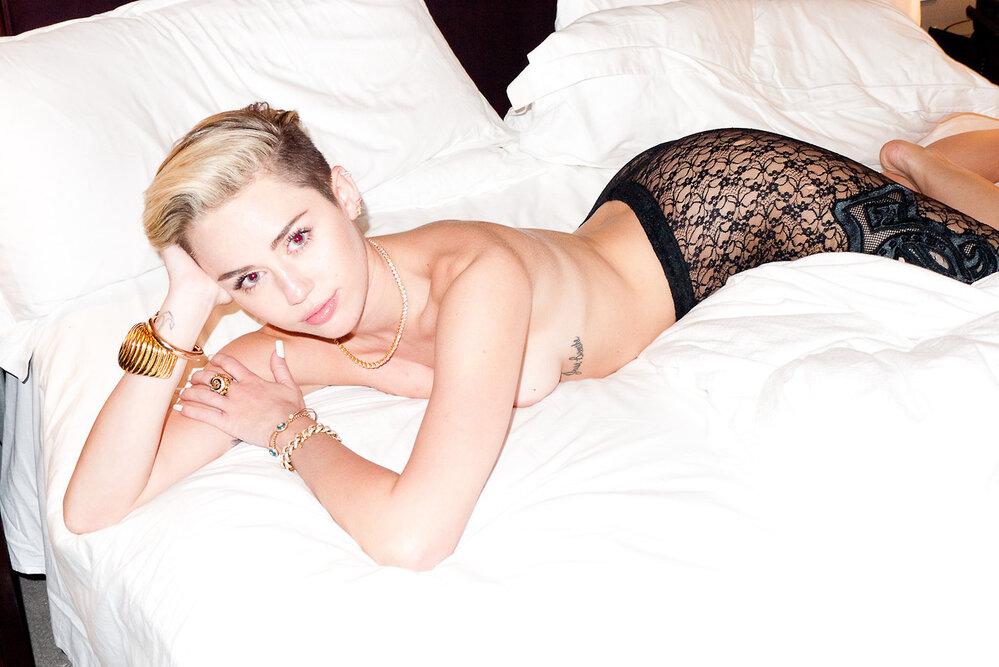 89. Miley Cyrus (21), zpěvačka, Američanka