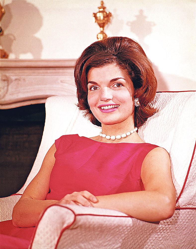 Jackie se v roce 1968 odstěhovala ze spojených států a vdala se za řeckého miliardáře Onasise