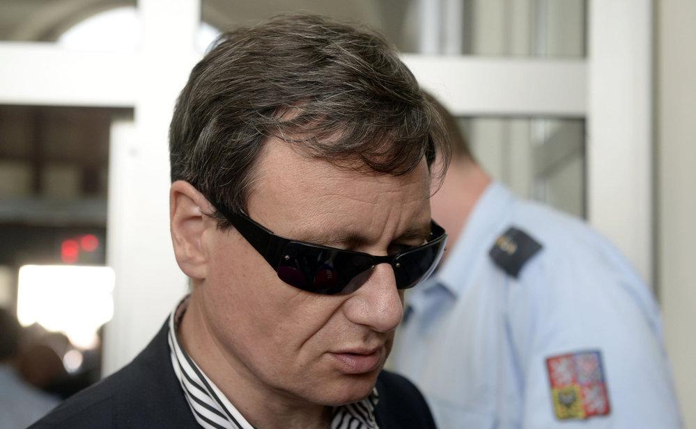 David Rath po pádu z kola opět u soudu (2015).