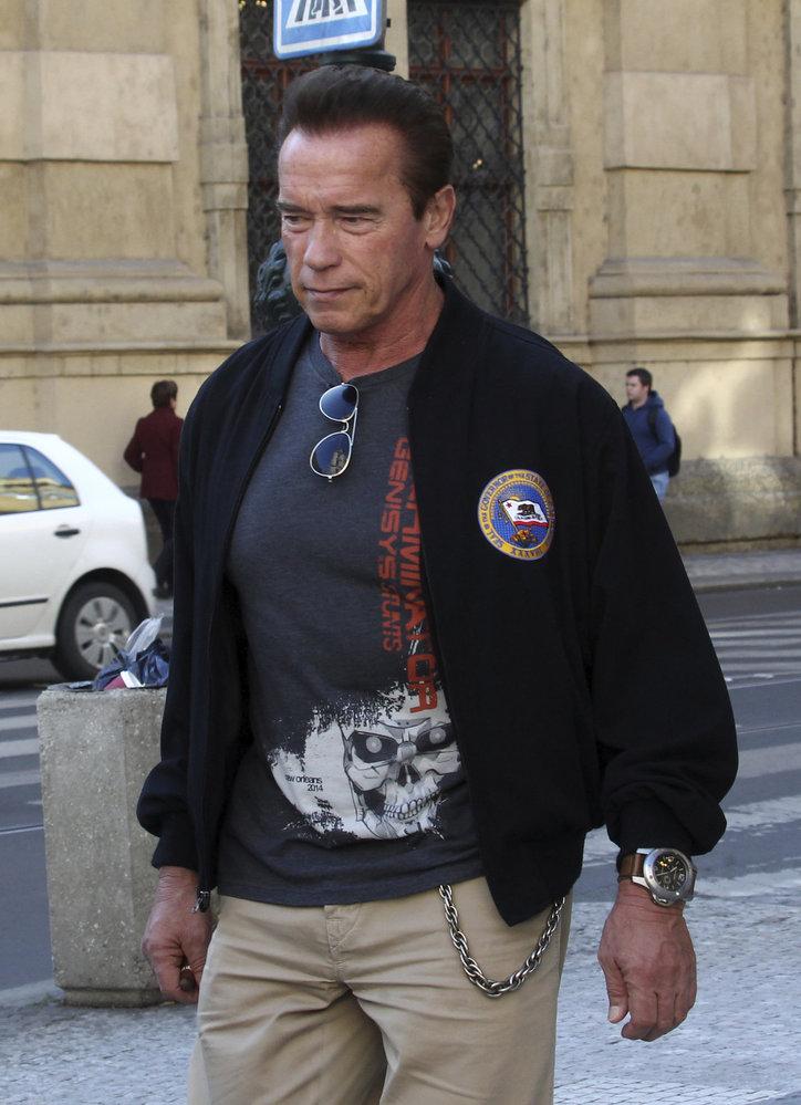 Arnold Schwarzenegger v centru Prahy.
