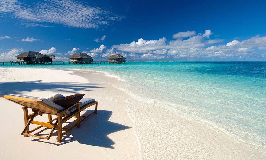 Krásná čistá pláž.