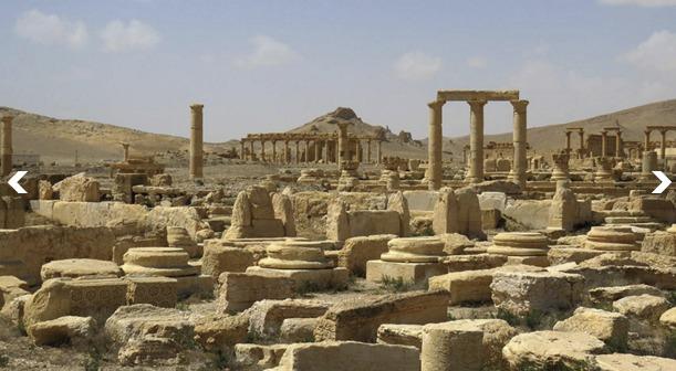 Fotografie palmýrských vykopávek po opětovném převzetí města syrskými jednotkami