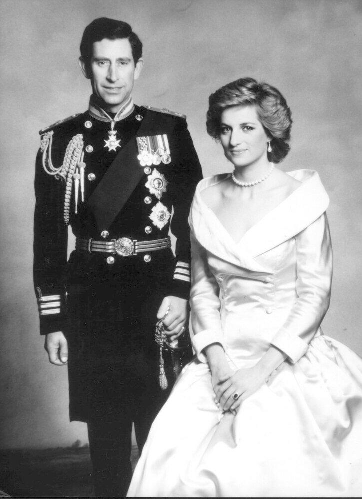 V jednom z nejslavnějších interview televizní historie přiznala 20. listopadu 1995 britská princezna Diana problémy ve svém manželství s korunním princem Charlesem.