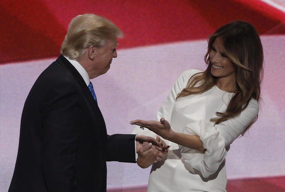 """""""Donald je nejlepší,"""" vychválila Melania svého manžela."""