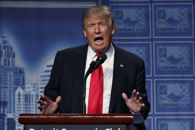 """Republikánský kandidát na prezidenta USA Donald Trump ohlásil """"daňovou revoluci"""", jakou prý Amerika nepoznala od dob Ronalda Reagana."""