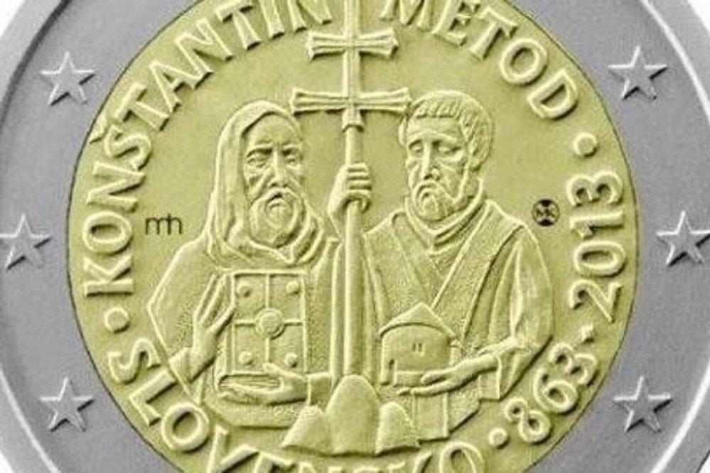 Slovenská euromince s motivem Konstantina a Metoděje