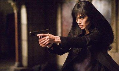 Angelina Jolie hraje nepovedenou agentku s ruskou minulostí