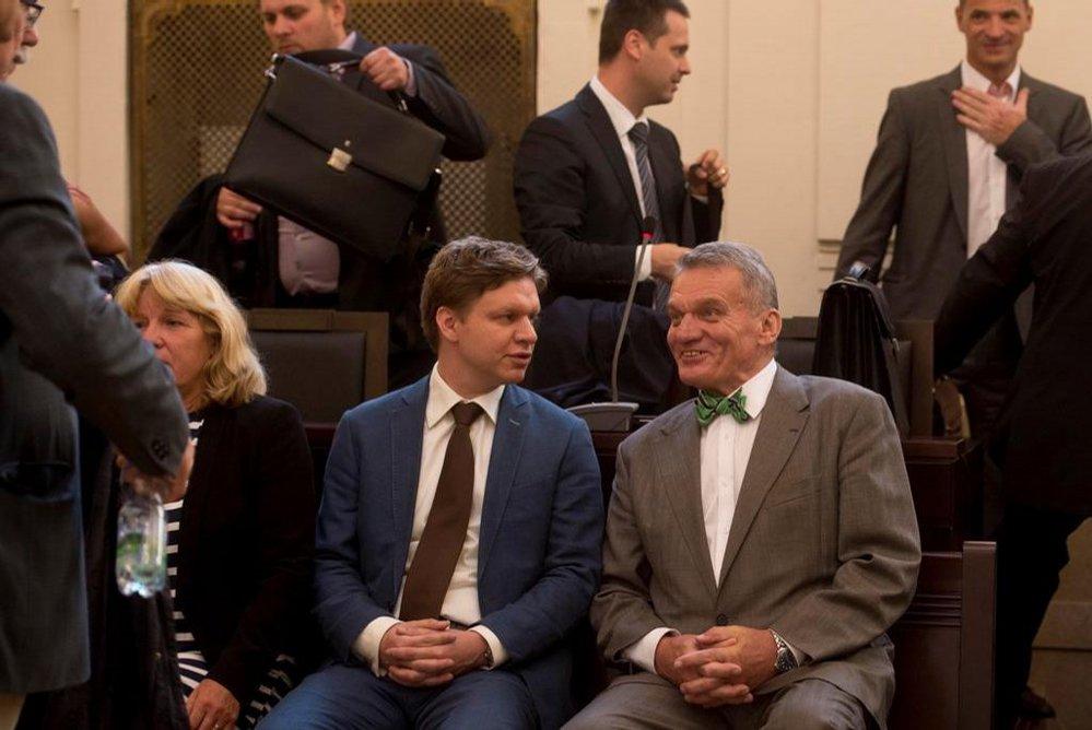 Bohuslav Svoboda a Tomáš Hudeček u soudu kvůli kauze opencard