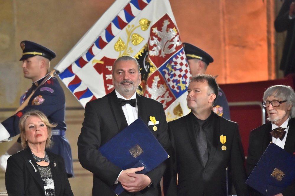 Daniel Hůlka dostal od prezidenta Miloše Zemana státní vyznamenání.