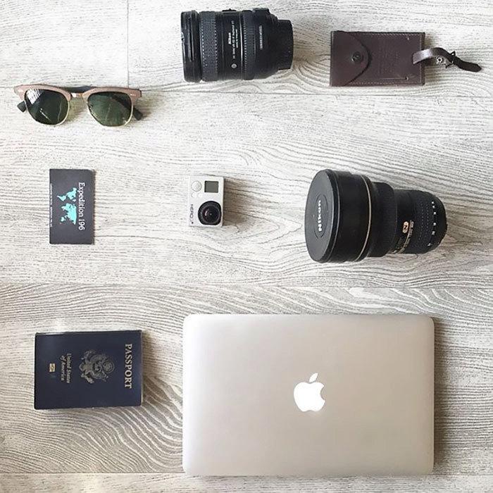 Vybavení mladé cestovatelky