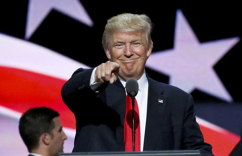"""Prestižní titul Osobnost roku 2016 přiřkl včera Trumpovi americký časopis Time. """"Hodně to pro mě znamená,"""" děkoval oceněný."""