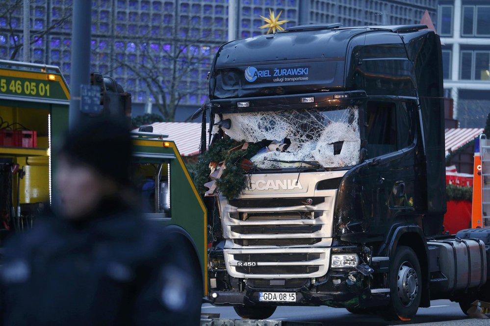 Kamion, pomocí kterého útočník vraždil na vánočních trzích v Berlíně