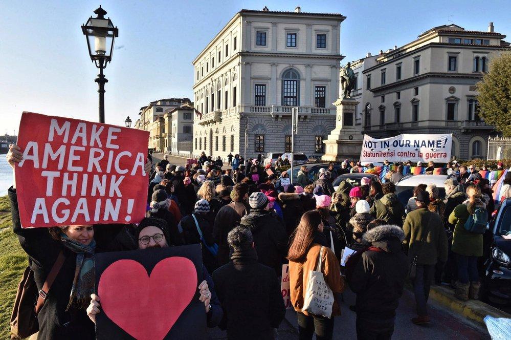 Washington manifestuje za práva žen, čeká se až 250 000 lidí