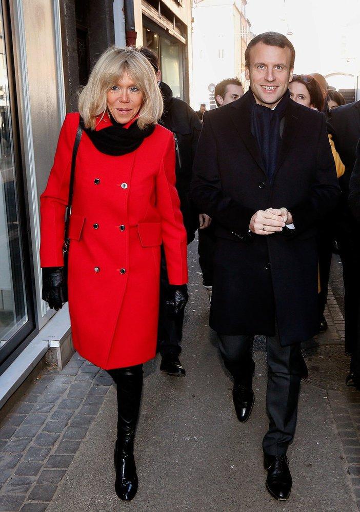 Emmanuel Macron s manželkou Brigitte Trogneuxovou, která je o 24 let starší