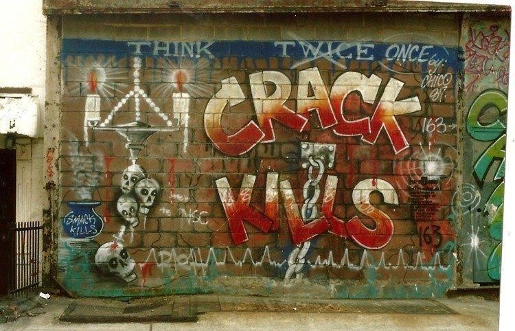 """""""Crack zabíjí."""""""