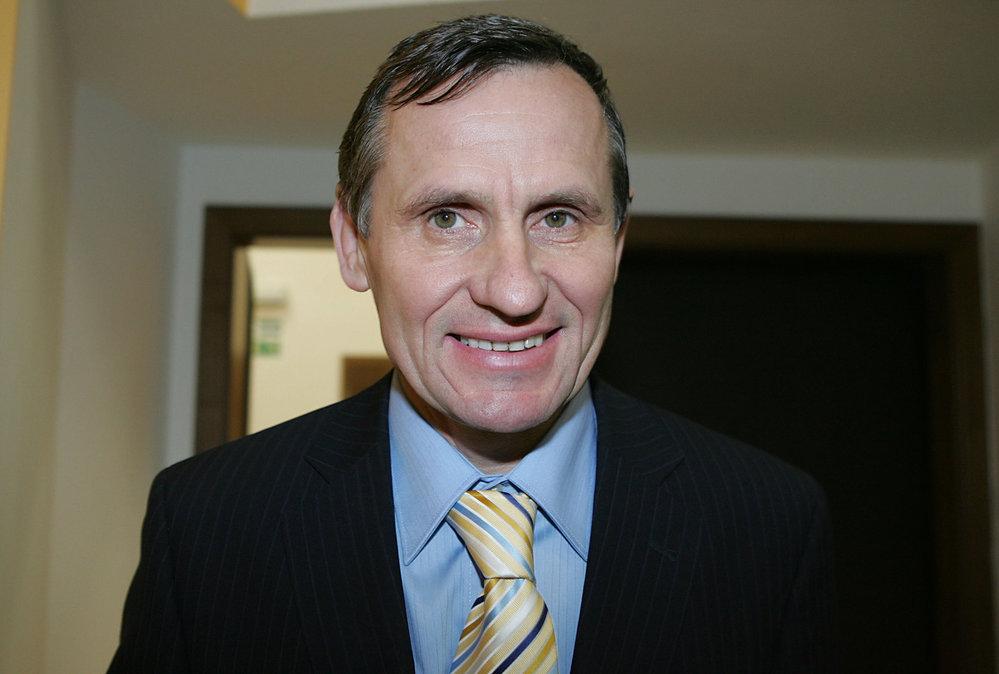 Jiří Čunek (KDU-ČSL) - obvod Vsetín (č. 77): Někdejší předseda KDU-ČSL a vicepremiér, hejtman Zlínského kraje a  bývalý dlouholetý starosta Vsetína. Senátorský post obhájil již v prvním kole, když získal 51,59 %.