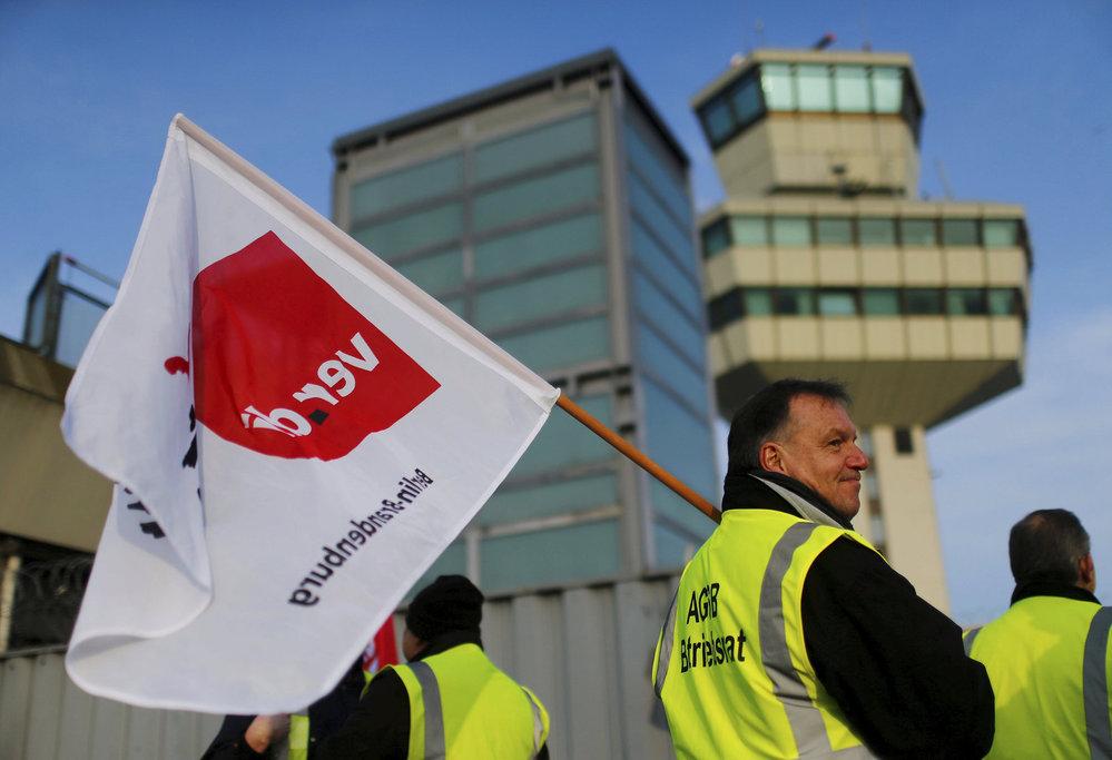 Stávka pozemního personálu na letištích v Berlíně