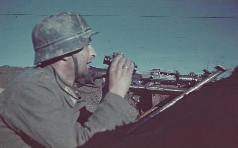 Německý voják u Stalingradu.