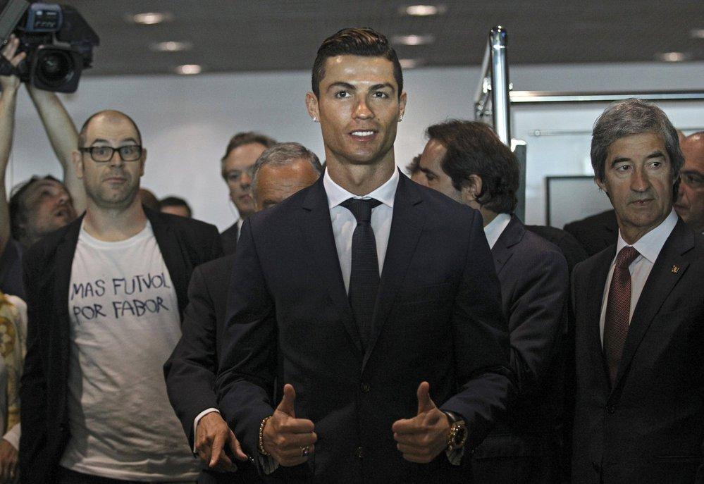 Cristiano Ronaldo na slavnostním ceremoniálu při přejmenování letiště v Madeiře