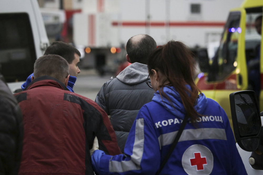 Akce petrohradských záchranářů po útoku na tamní metro
