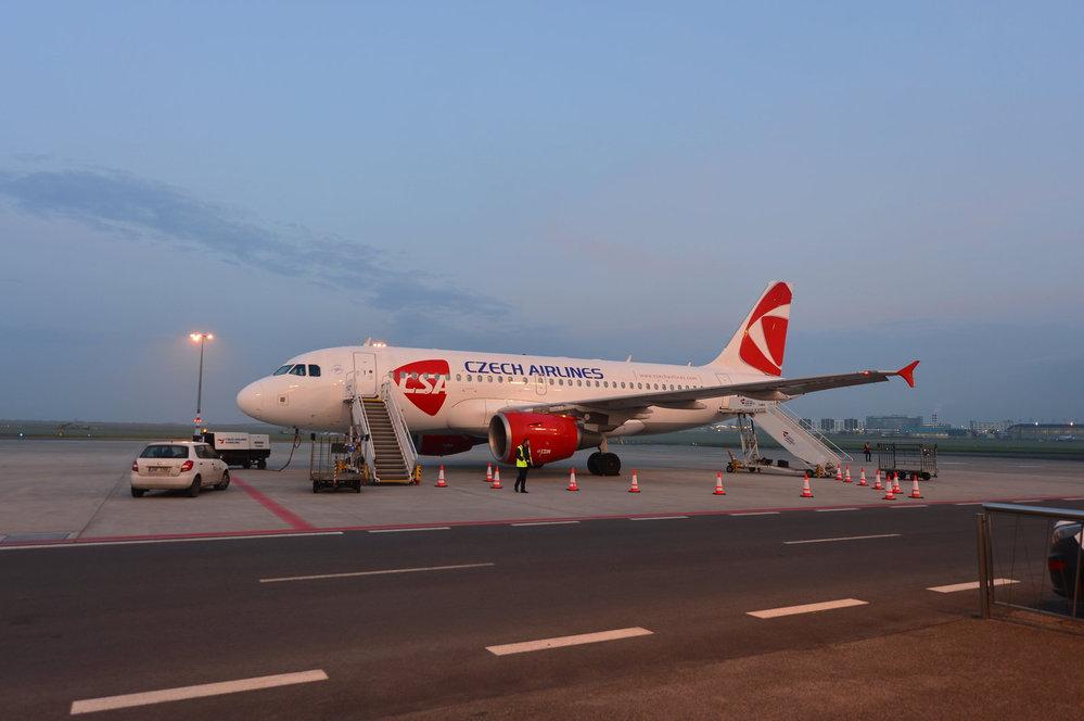 Výroční let pražského letiště do Piešťan.