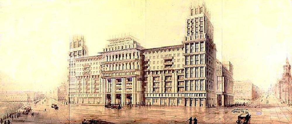 Hotel Moskva, který má 1000 pokojů, byl projektem architektů Savelyeva a Staprana. Stojí od roku 1934.