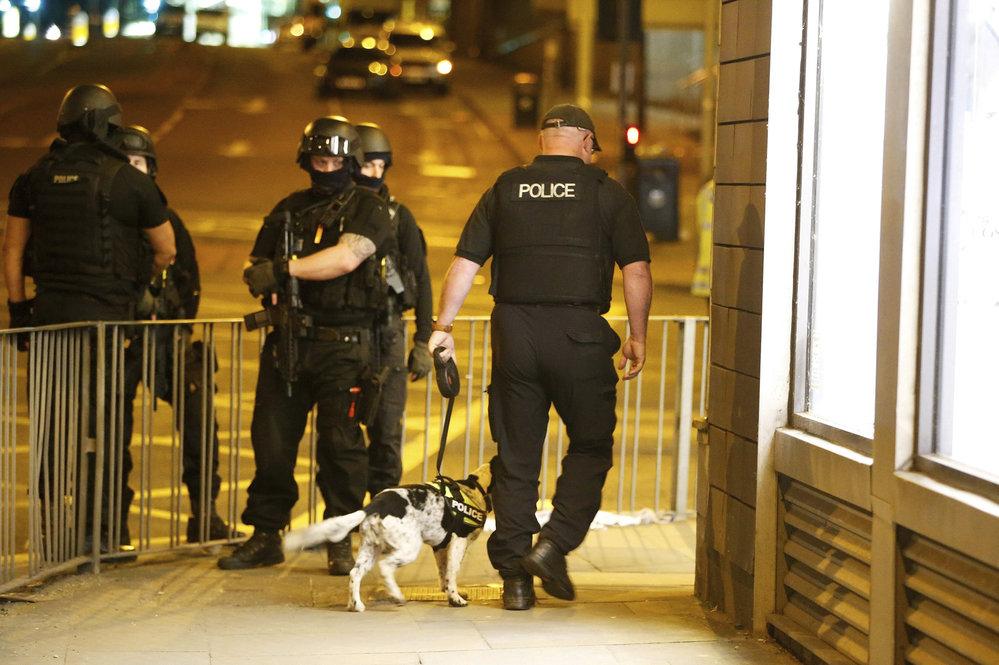 Teror v Manchesteru: Exploze v multifunkční hale si vyžádala řadu mrtvých