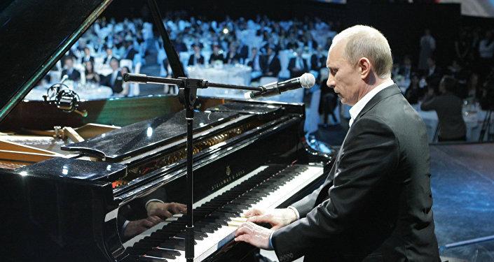 Putin hraje jako dítě, ale rád.