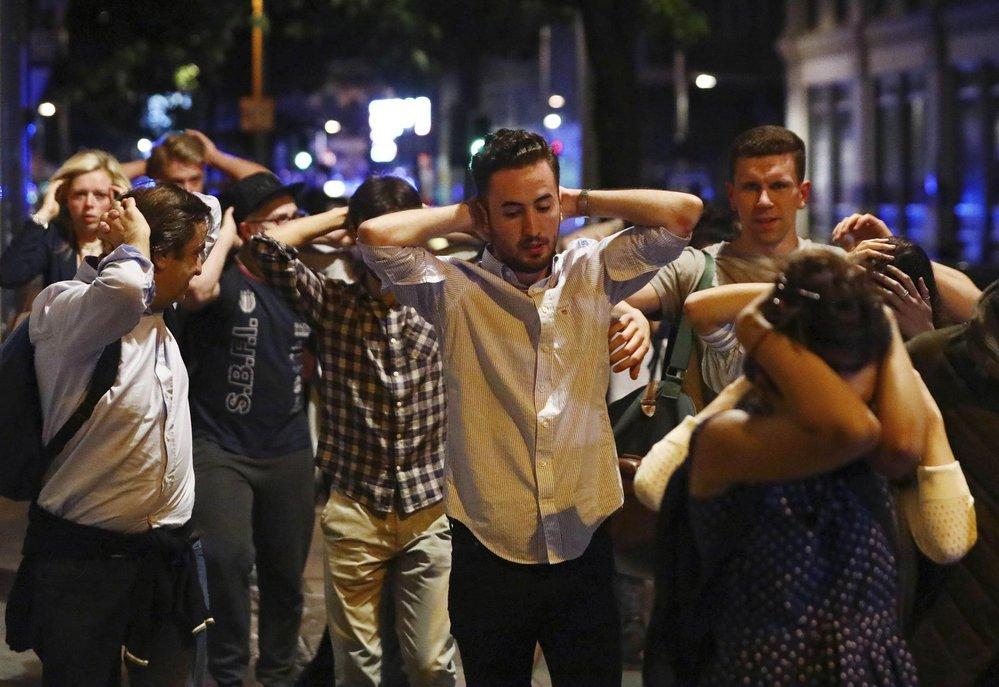 Otřesení lidé po útoku v Londýně