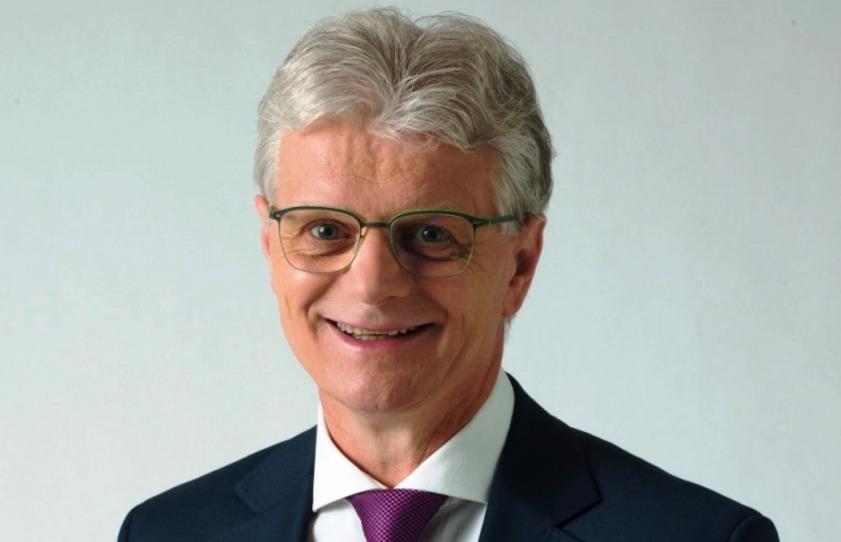 Herbert Pavera (TOP 09) - obvod Opava (č. 68): Téměř 70 procent hlasů mu ve druhém kole zajistilo vítězství nad kandidátkou ANO Simonou Horákovou. Pavera je starosta Boletic, pedagog, v letech 2013 až 2017 poslanec.