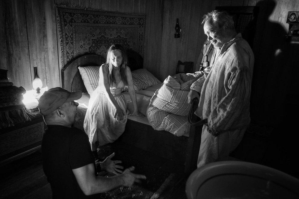 Ve druhé fázi natáčení filmu Nabarvené ptáče režiséra Václava Marhoula si zahrál Udo Kier.