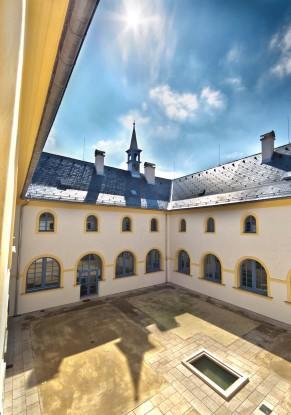 Františkánský klášter Hostinné