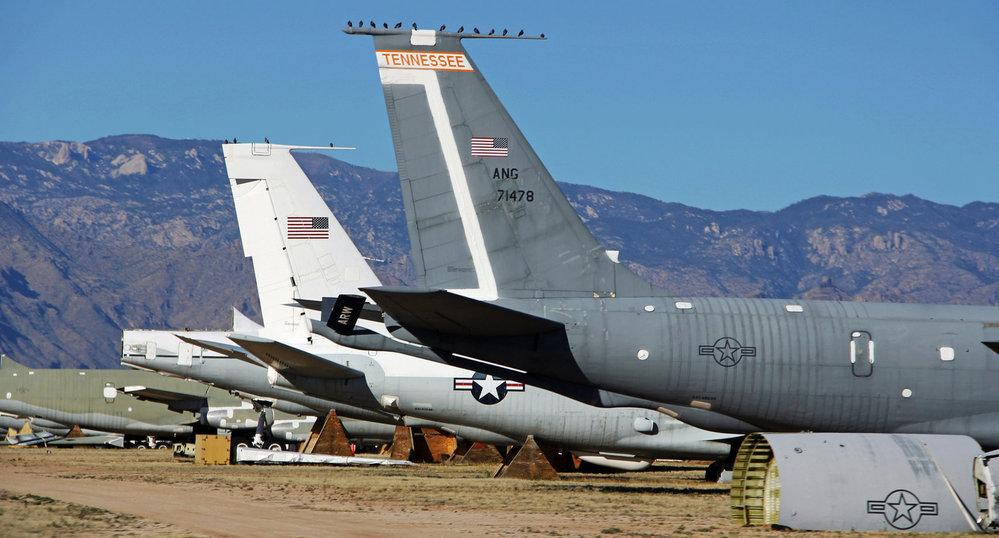 Boeing KC-135E Stratotanker na pohřebišti amerického letectva