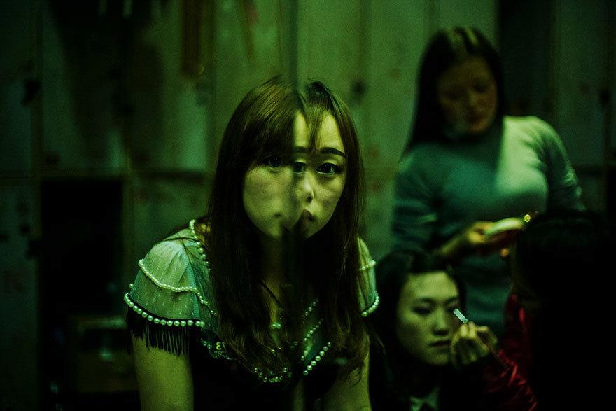 Zákulisí čínských nočních klubů, kam se hned tak nepodívate.