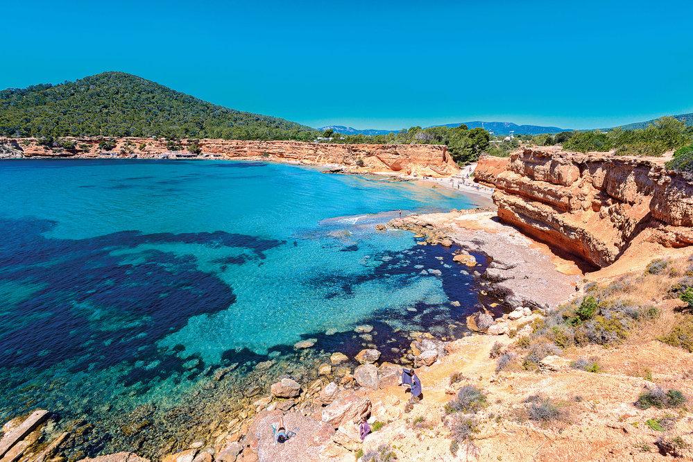 Pobřežní ekosystém je také na seznamu UNESCO (Sa Caleta)