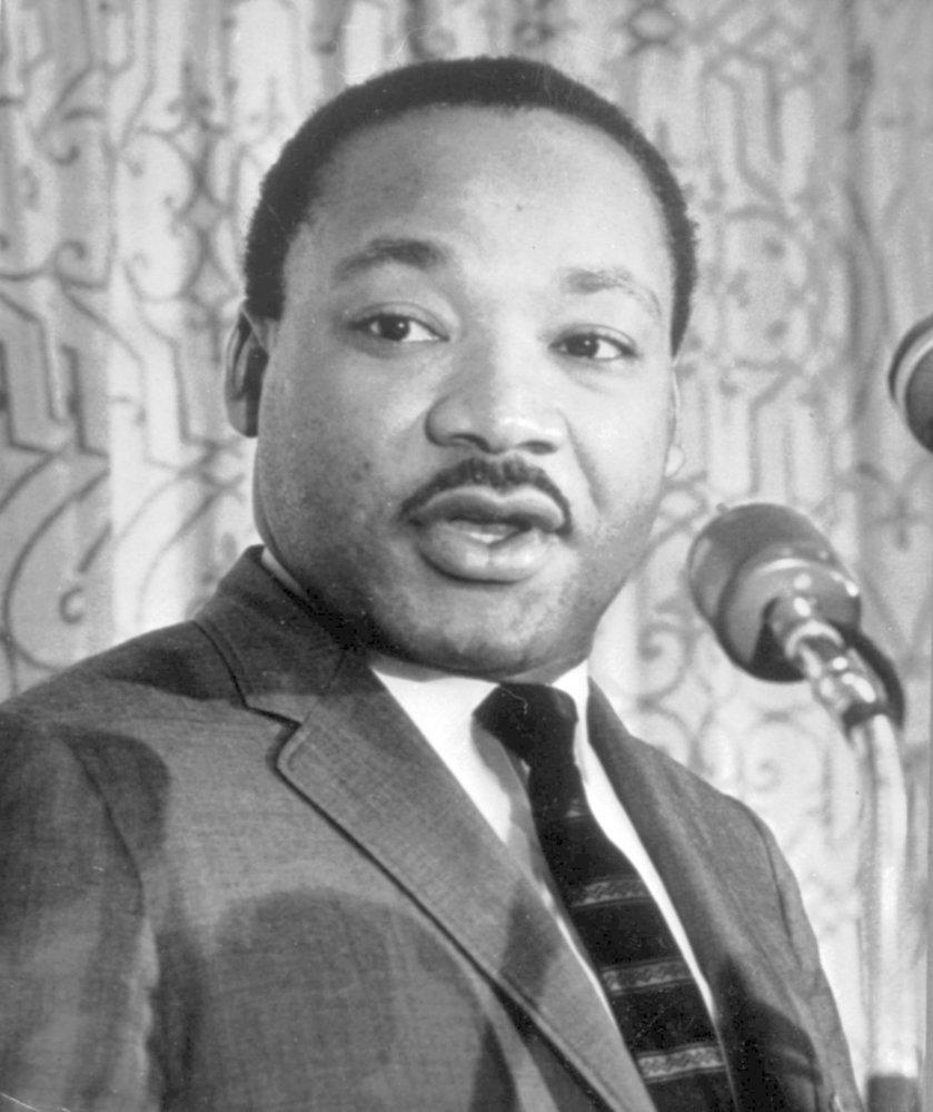 King se podle dokumentu pravidelně účastnil orgií a měl minimálně čtyři mimomanželské poměry